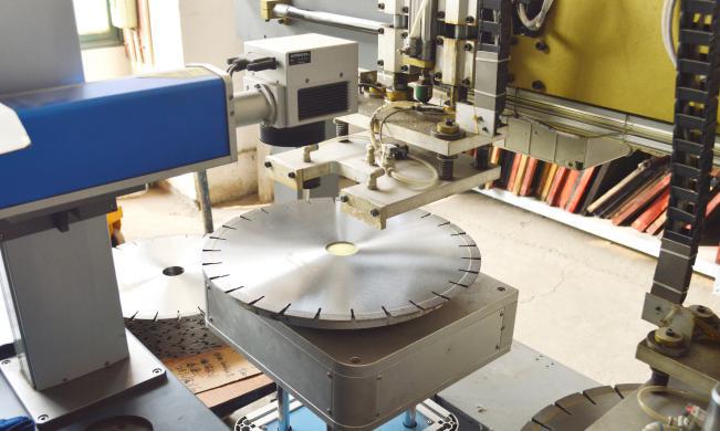 激光打标之银天金刚石锯片生产工艺