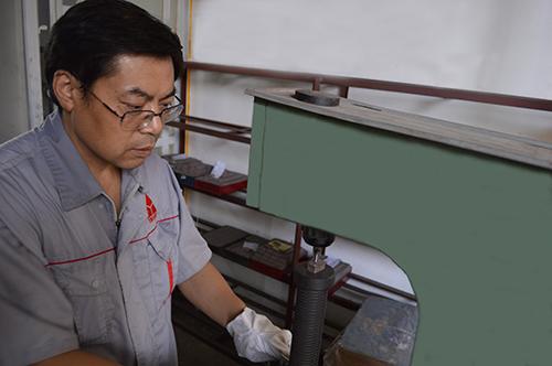 硬度检测之银天金刚石刀头生产工艺